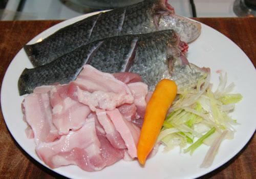 Hướng dẫn cách làm món cá rô đồng kho thịt ba chỉ
