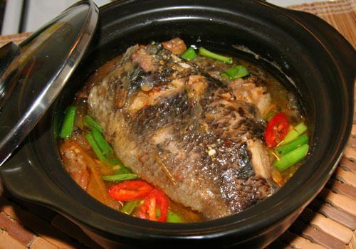 Món cá rô đồng kho thịt ba chỉ thơm ngon đậm vị